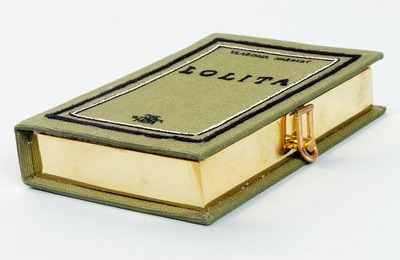 BookClutches3